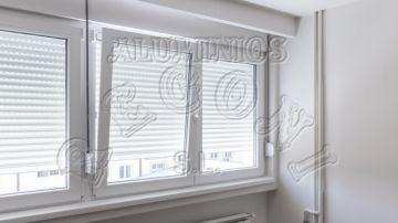 Ventanas y Cristaleras PVC